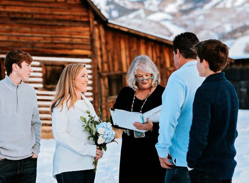steamboat-mountain-wedding-services-by-officiant-marlene-fisher-family-wedding